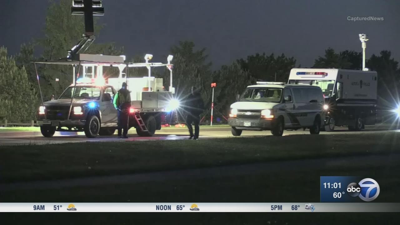 Woman dies after apparently jumping from SUV in Aurora