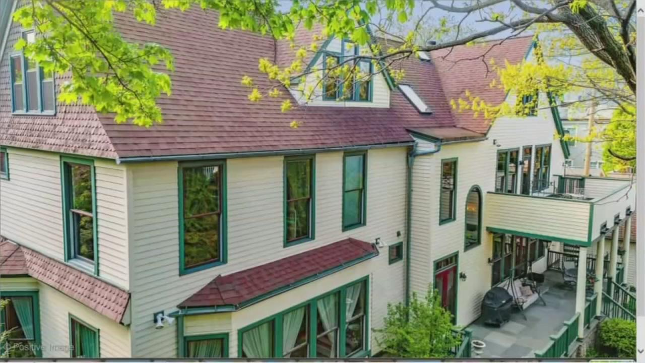 Mansion that survived Great Chicago Fire up for sale