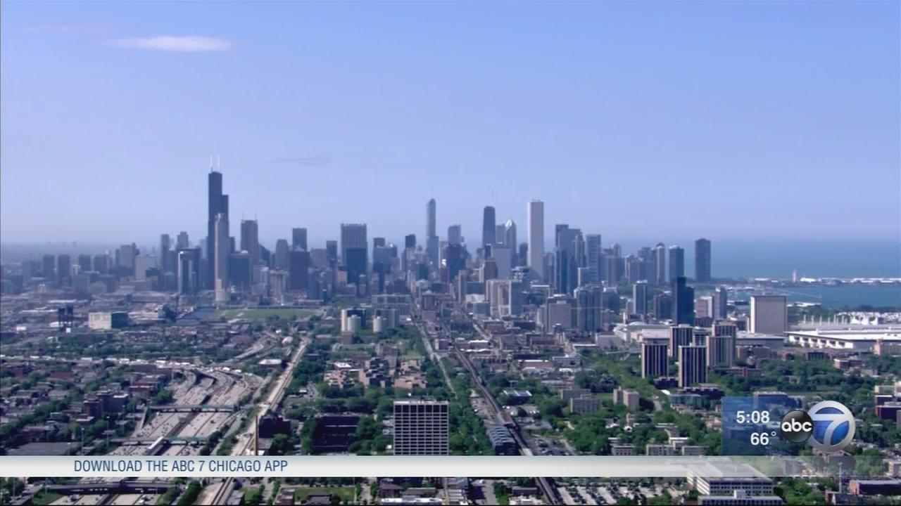 Census: Chicago loses population for 3rd consecutive year