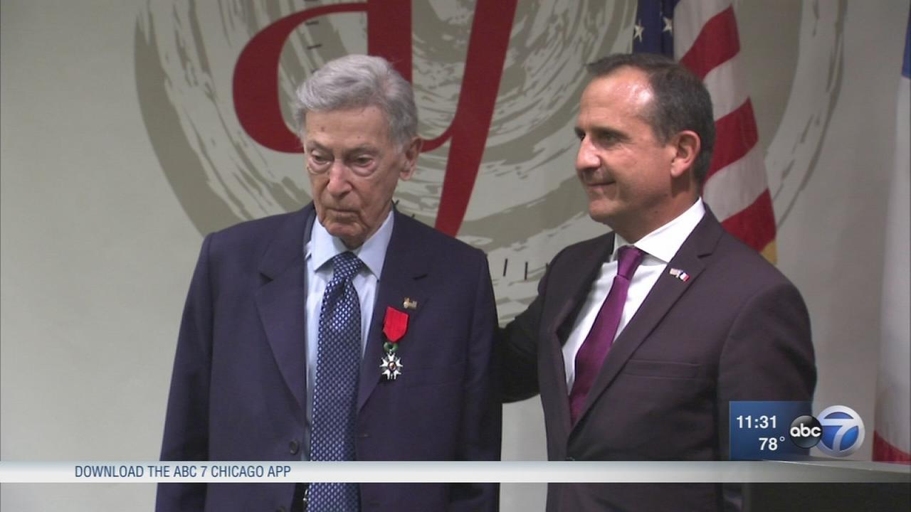 Morton Grove WWII veteran, 92, receives Frances highest honor