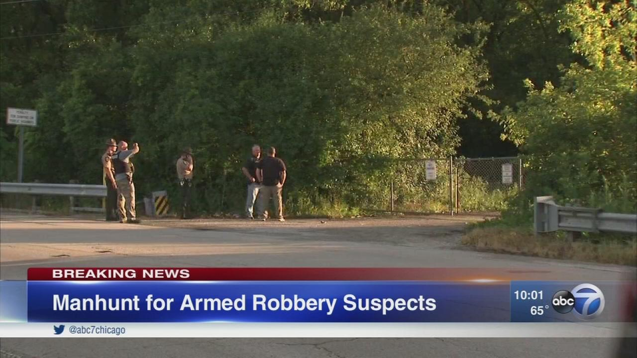 Manhunt underway in Oak Forest for armed robbery suspects