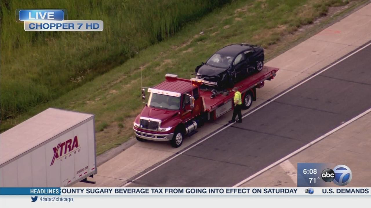 Fatal crash closes I-65 in NW Indiana