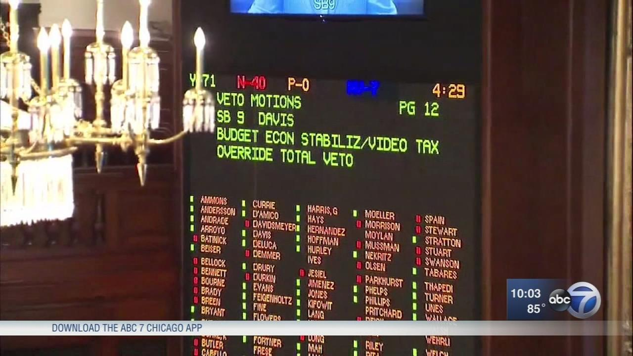 Illinois House approves state budget, ends historic impasse