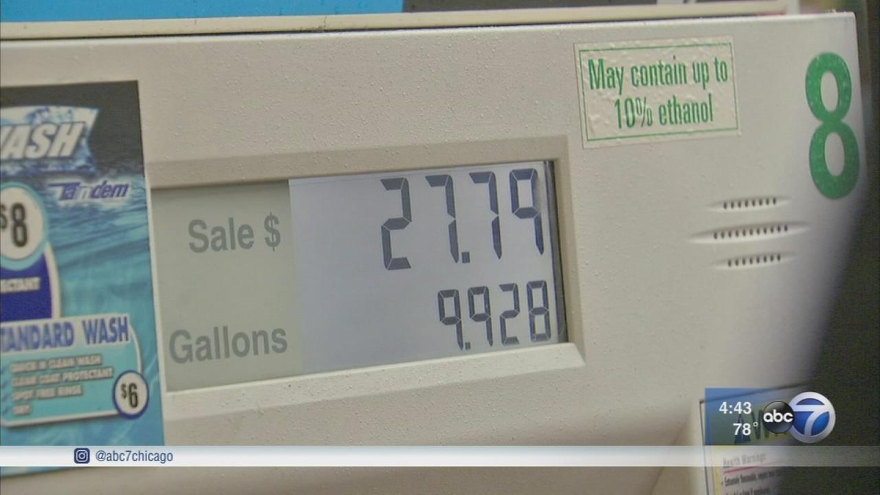 Gas tax hike hidden in Illinois budget