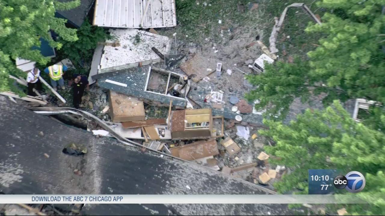 Libertyville house destroyed by explosion