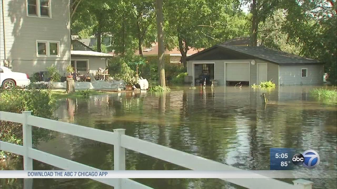 Filing insurance claims and avoiding scams during floods