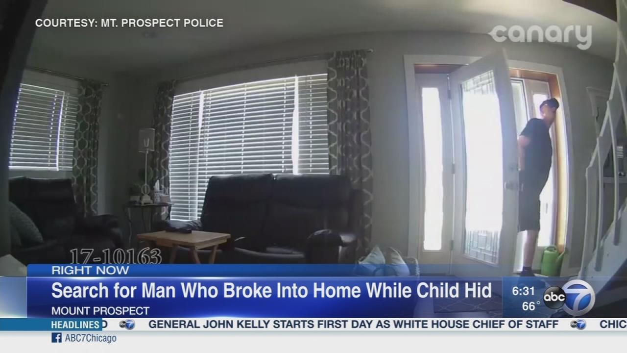 VIDEO: Man breaks into Mt. Prospect home