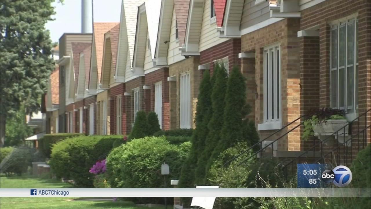 Police warn about NW Side burglaries