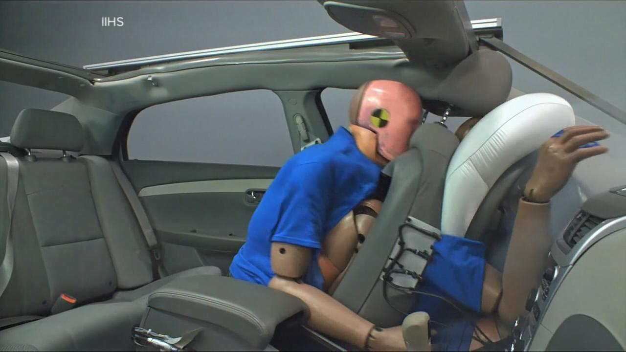 Study: Adults far less likely to buckle up in backseat