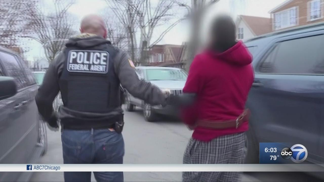 Spike in Chicago immigration arrests, deportations