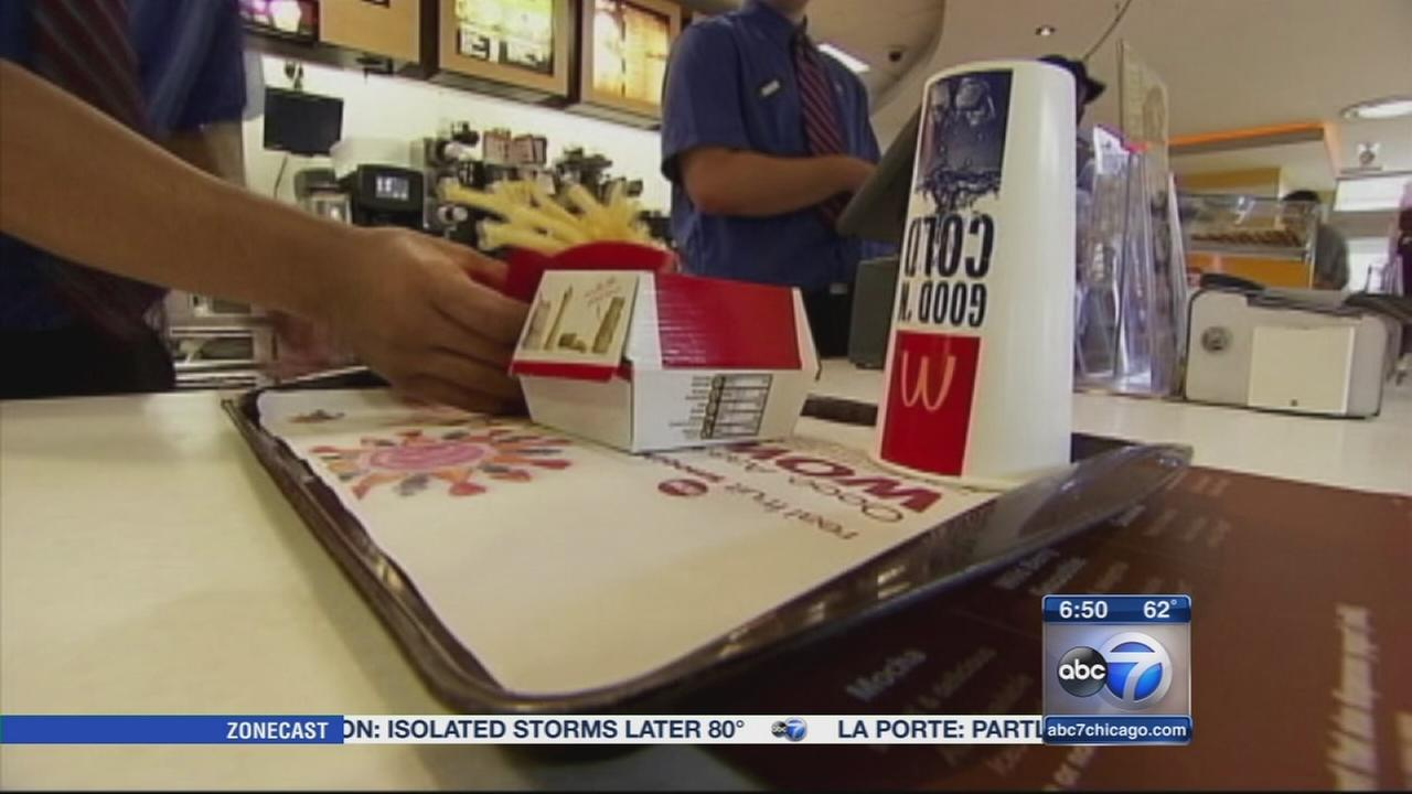 Minimum wage workers rally for 15 an hour
