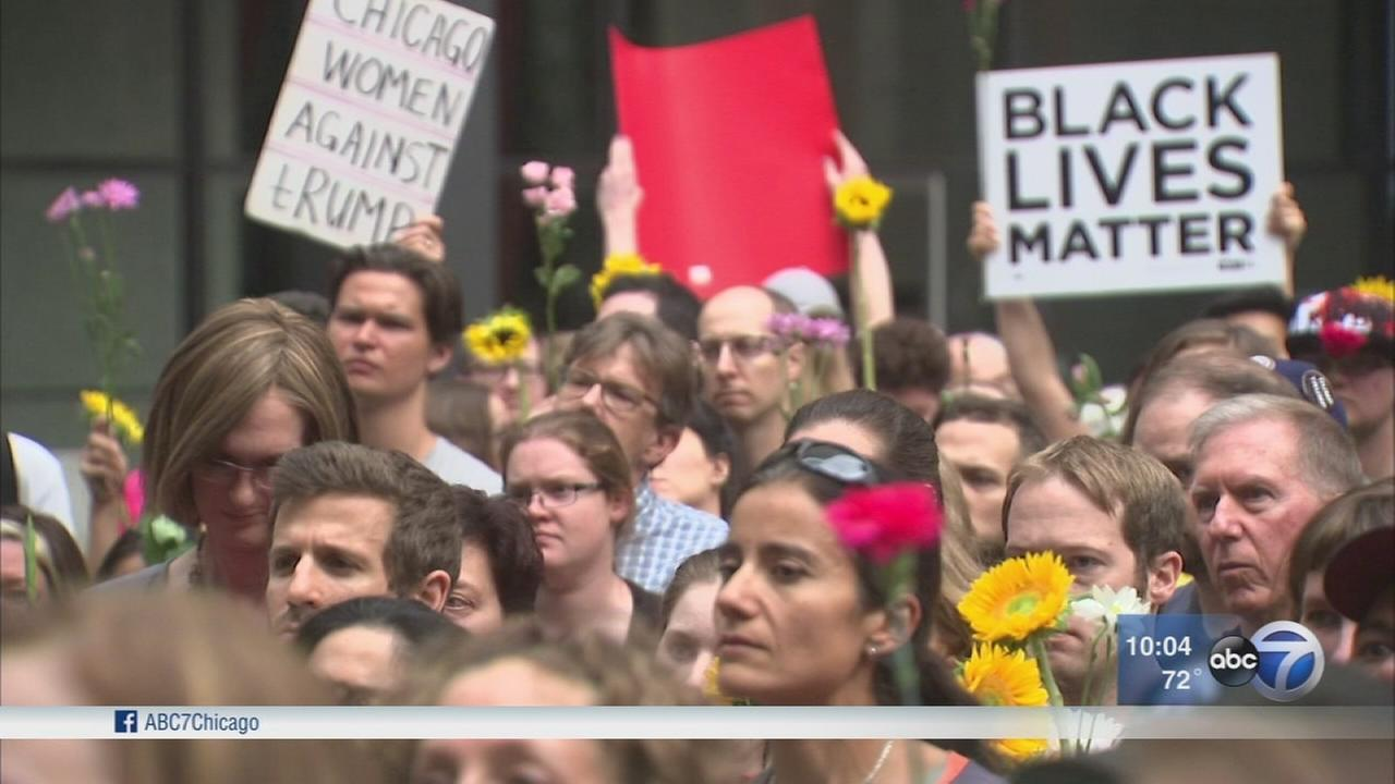 Chicago demonstrations held after violence in Charlottesville