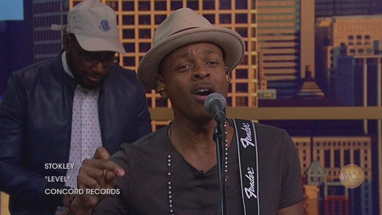 Stokley performs his solo single ?Level?