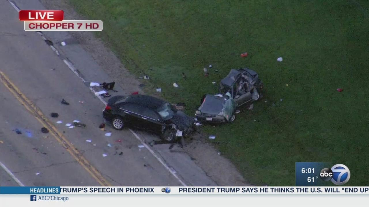 1 killed in Yorkville crash