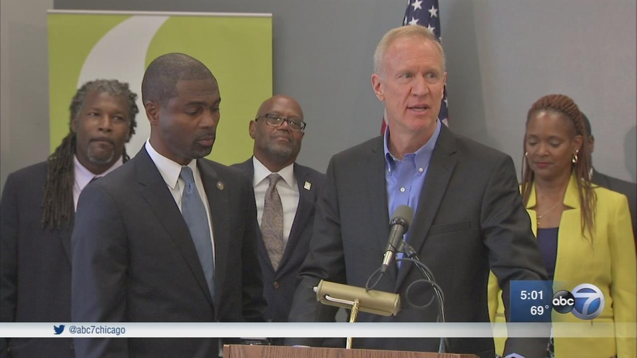 4 Rauner staffers resign