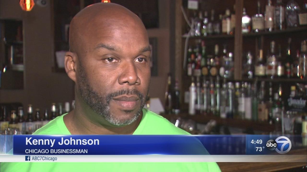 Colin Kaepernick finds support at South Loop bars