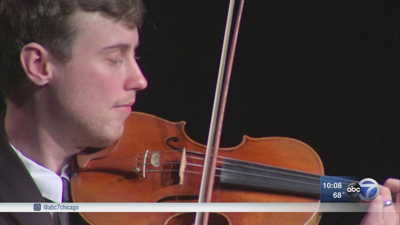 Chicago rallies around Russian violinist who recently came out as gay