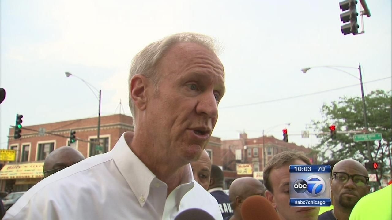 Rauner responds to critics after donation promise