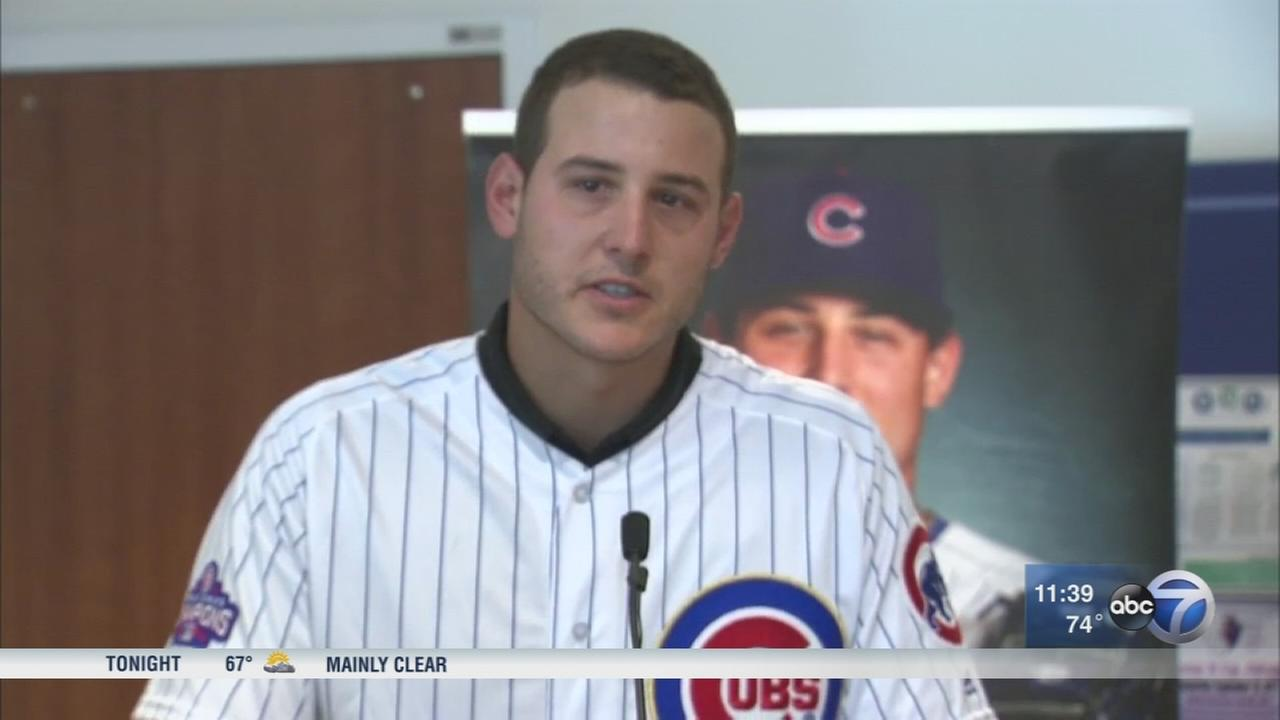 Anthony Rizzo unveils waiting room at Lurie Childrens Hospital