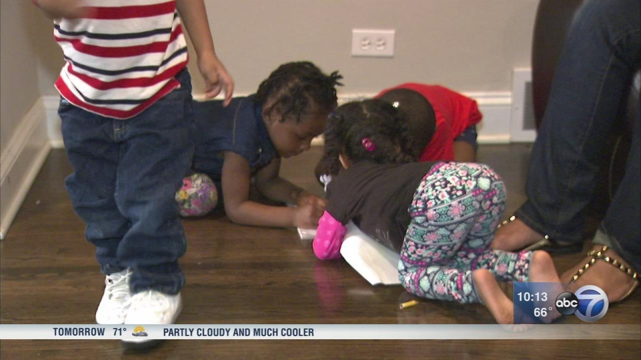 Chicago cops find family, provide help to homeless mother, 4 kids