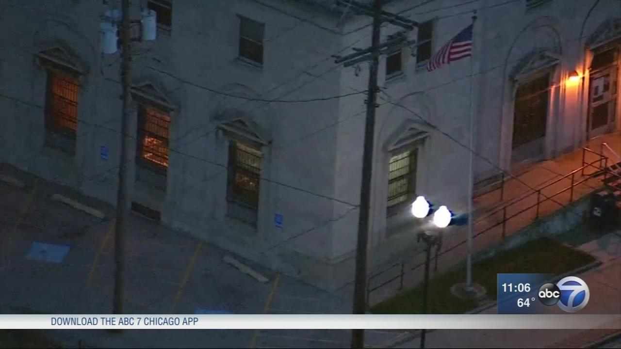 East Chicago post office reopens after blast