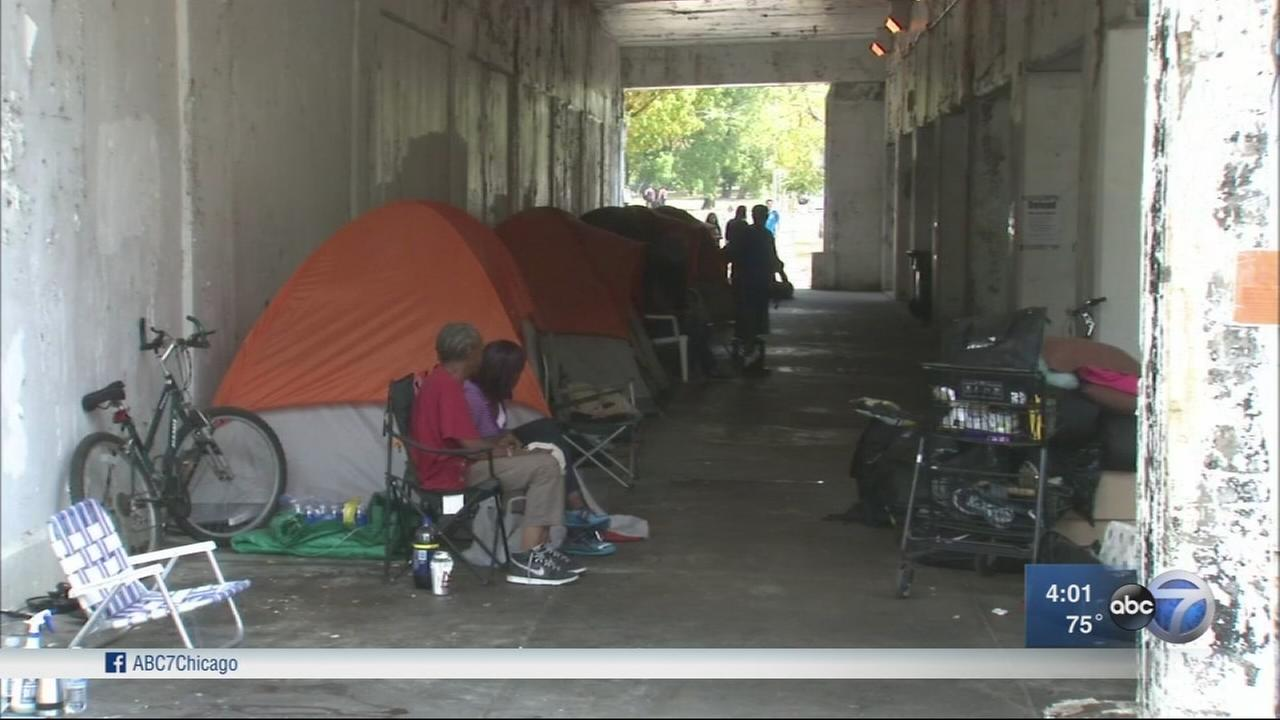 City evicts homeless from tents underneath Uptown viaducts