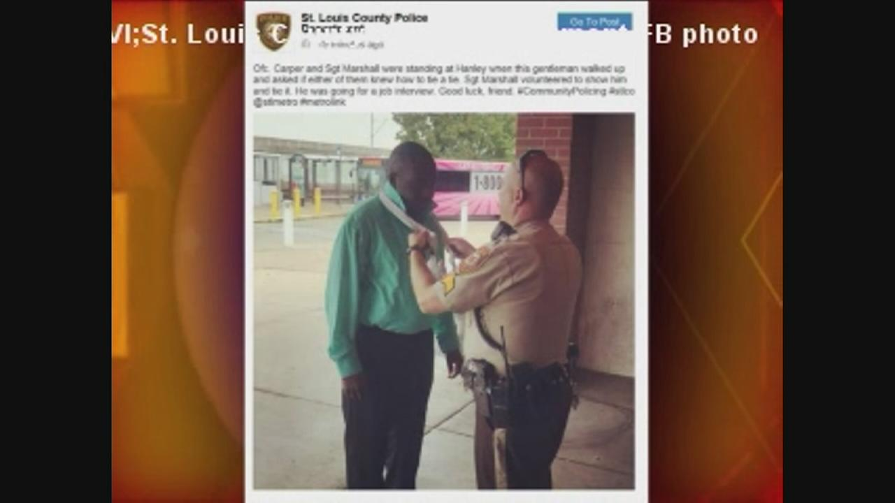 St. Louis police help job hopeful with tie