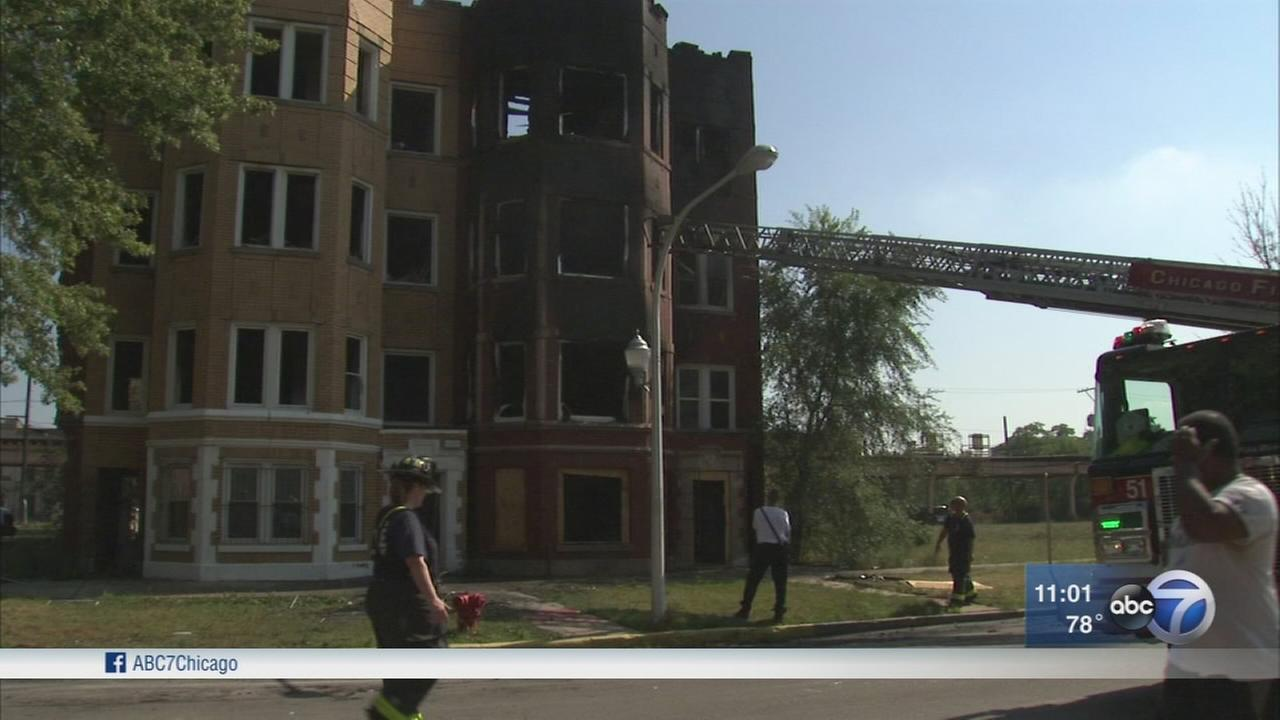 3 families displaced by Washington Park fire