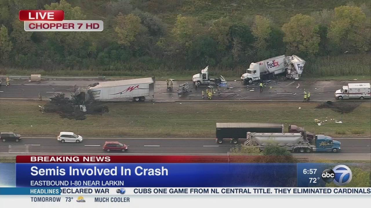 Deadly crash closes EB I-80 near Joliet