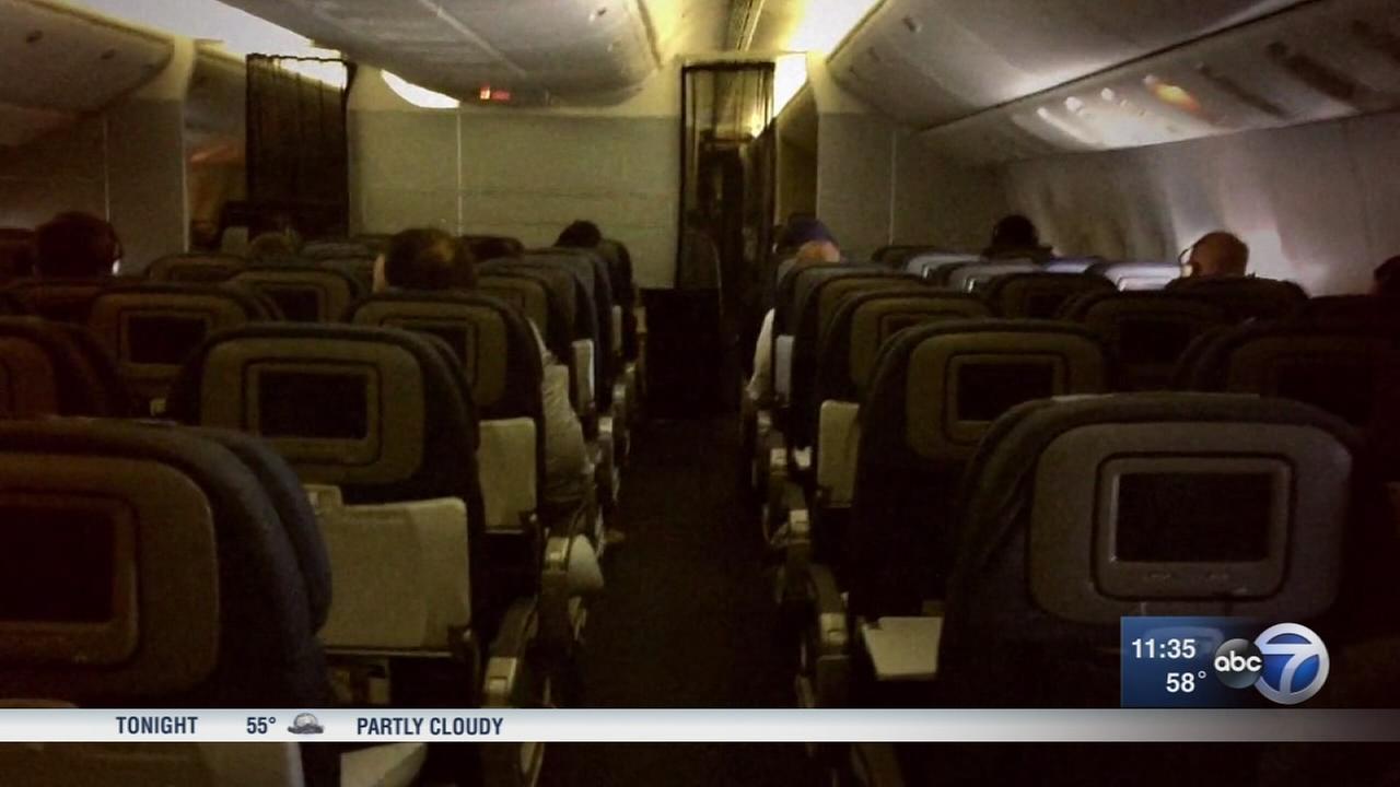 Flight attendants say social media making flying more tense