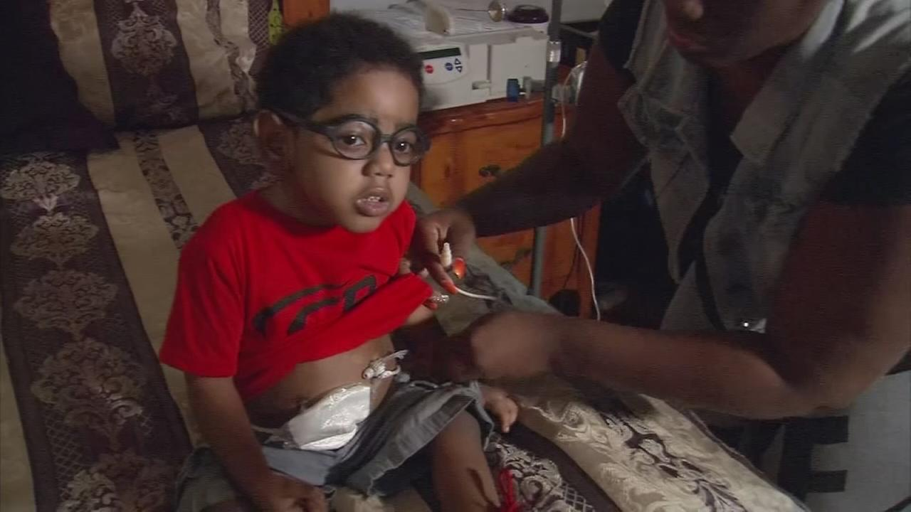 Hospital is endangering toddler son for dads mistakes, mom says