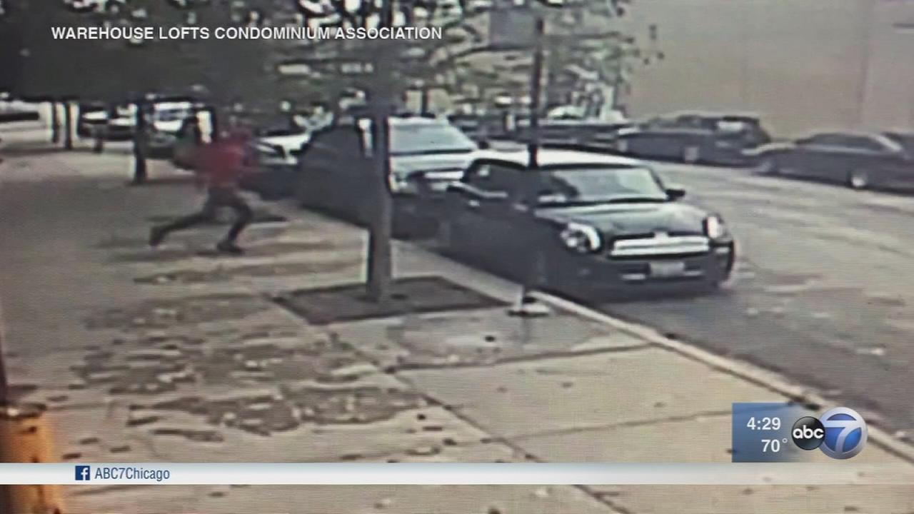 Woman knocked unconscious in West Loop attack