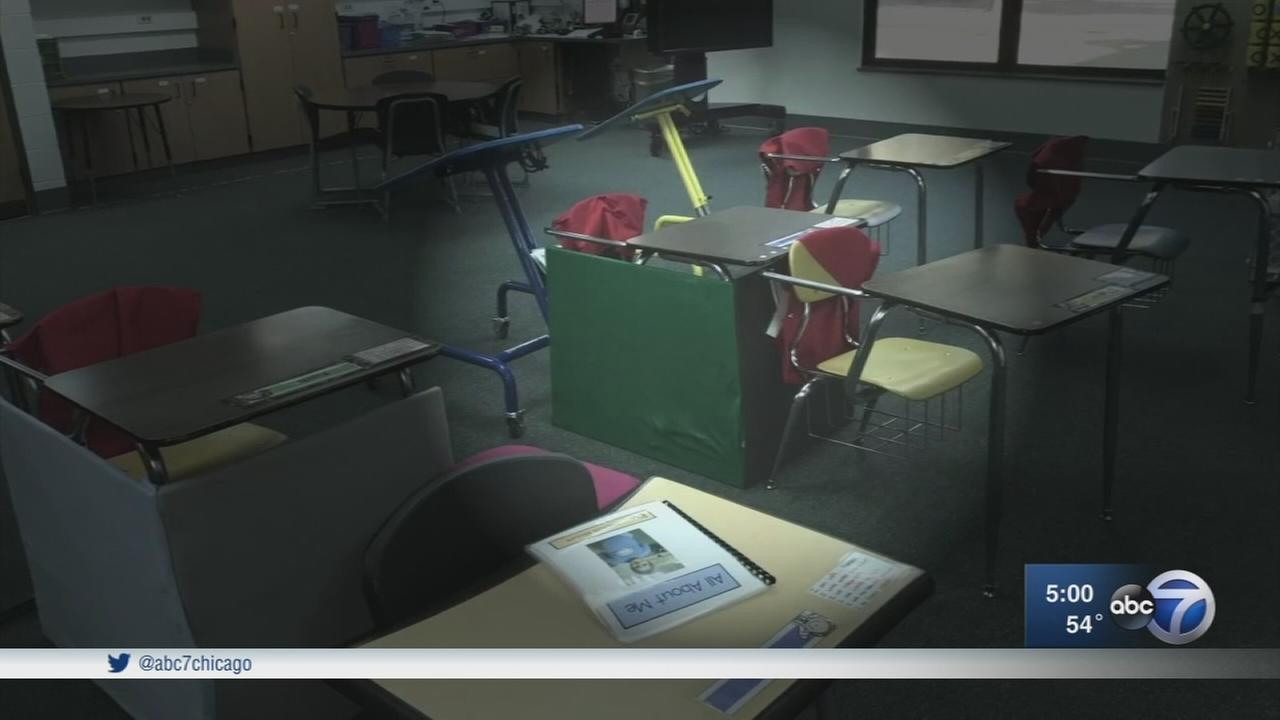 Parents: School forced girl with autism to sit at confined desk