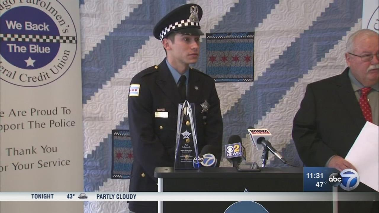 Chicago cop honored - 2
