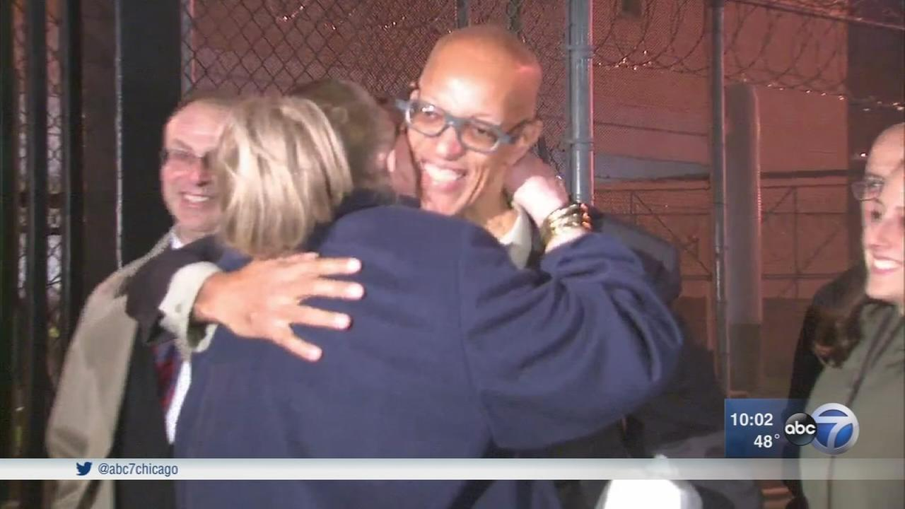 Man freed from prison after 29 years, conviction overturned