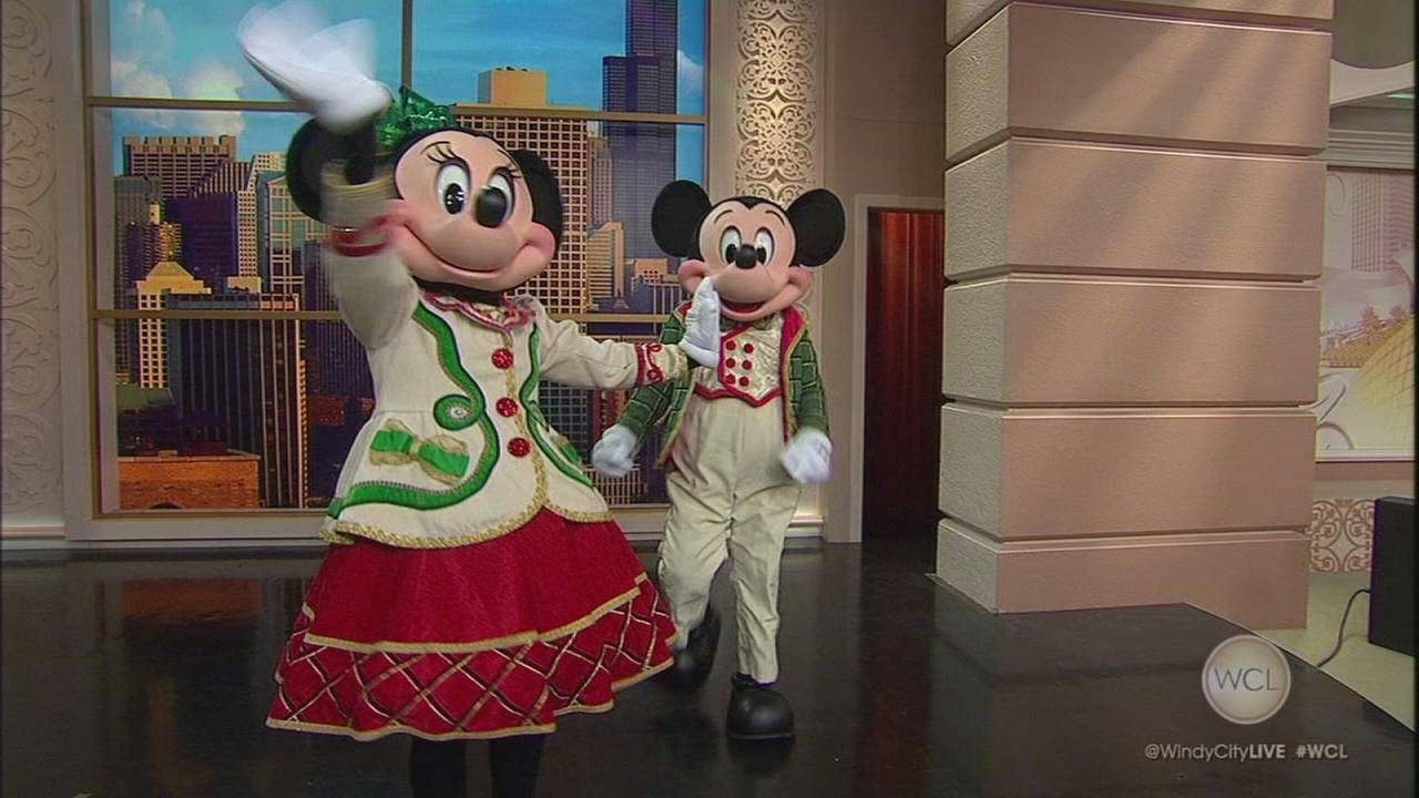 Mickey and Minnie help kick off the Magnificent Mile Lights Festival