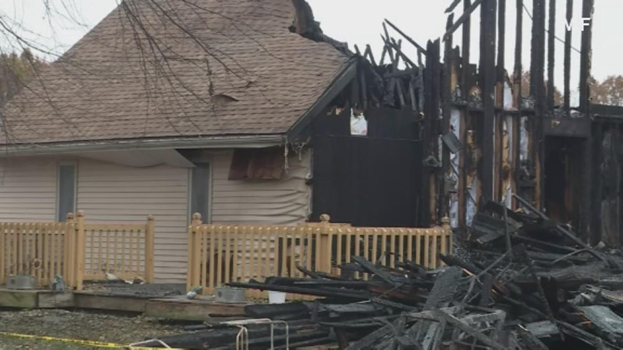 Sheriff: 6 dead in house fire outside Dixon