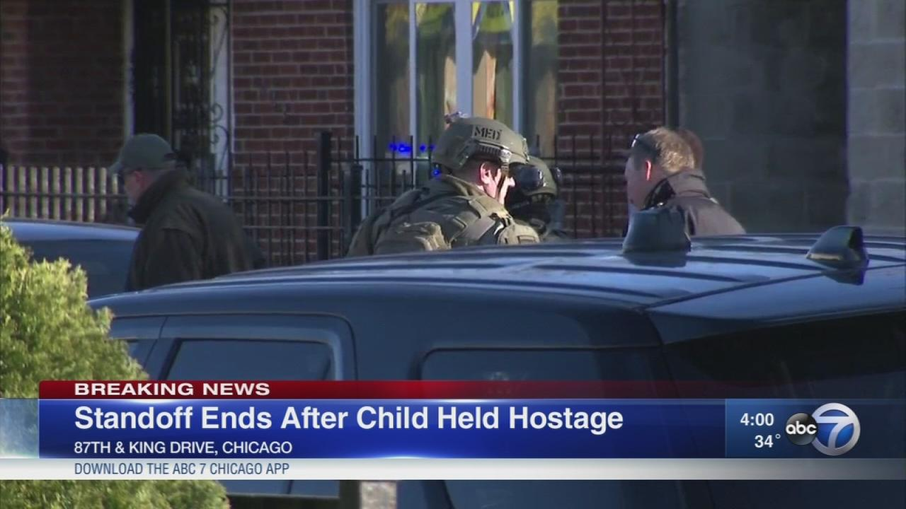 Man barricades self in home, holds child hostage
