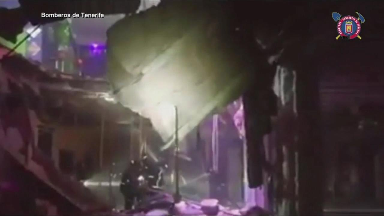 22 hurt when floor collapses at night club