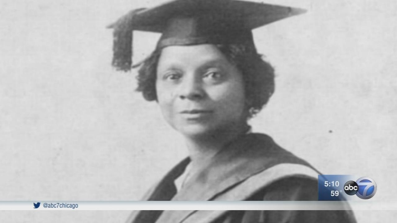 University of Chicago unveils statue of pioneering African American scholar