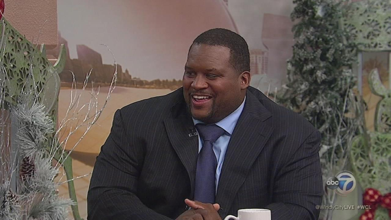Former Bear Anthony Adams talks about new season of cooking show