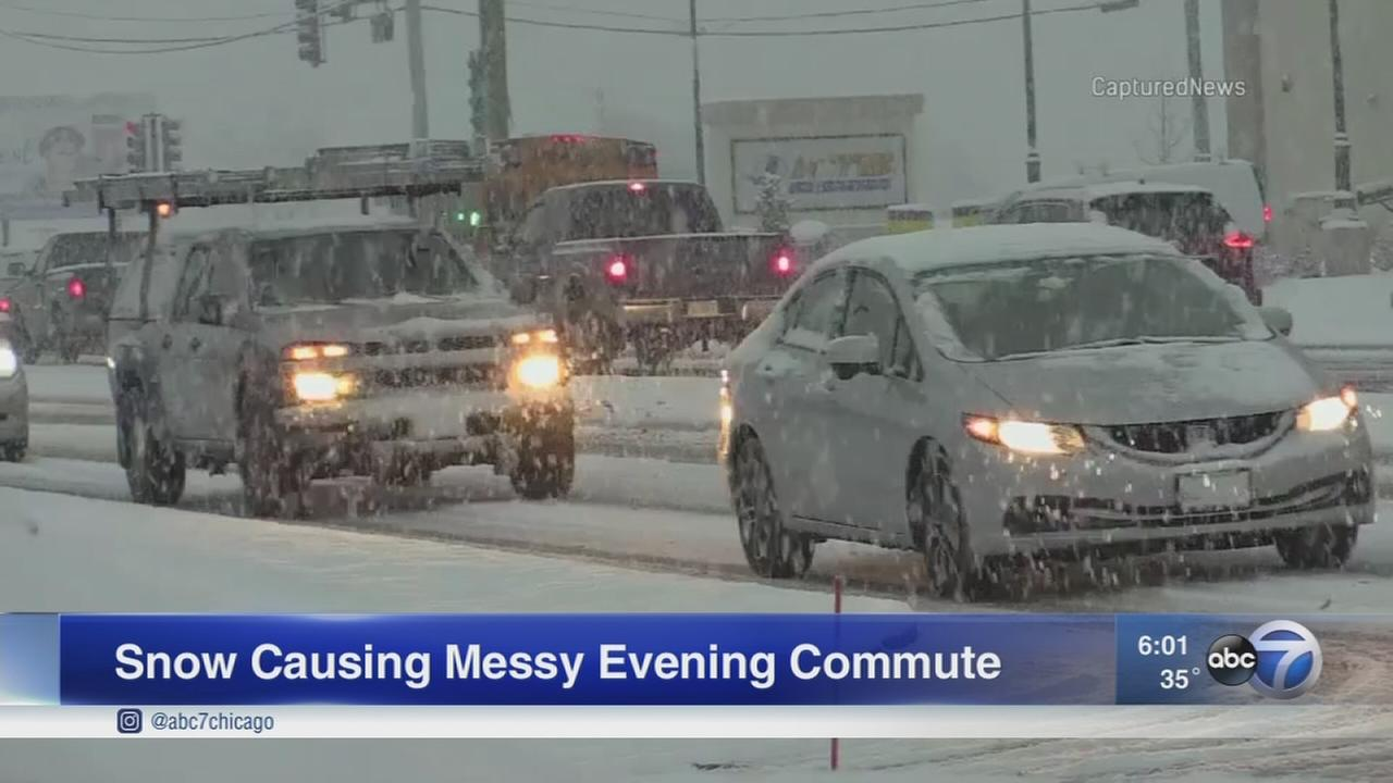 Chicago Weather: Band of snow makes evening commute slow, slippery