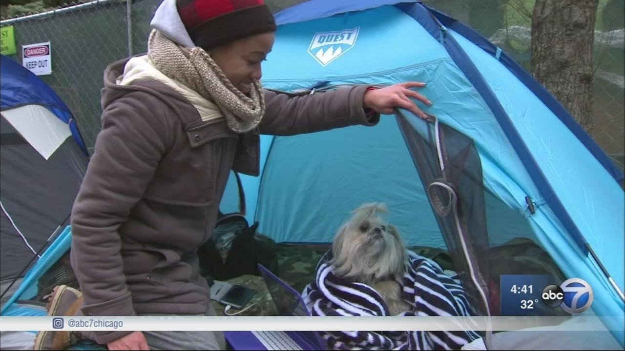 Activists sleep outside with homeless veterans to raise awareness, money