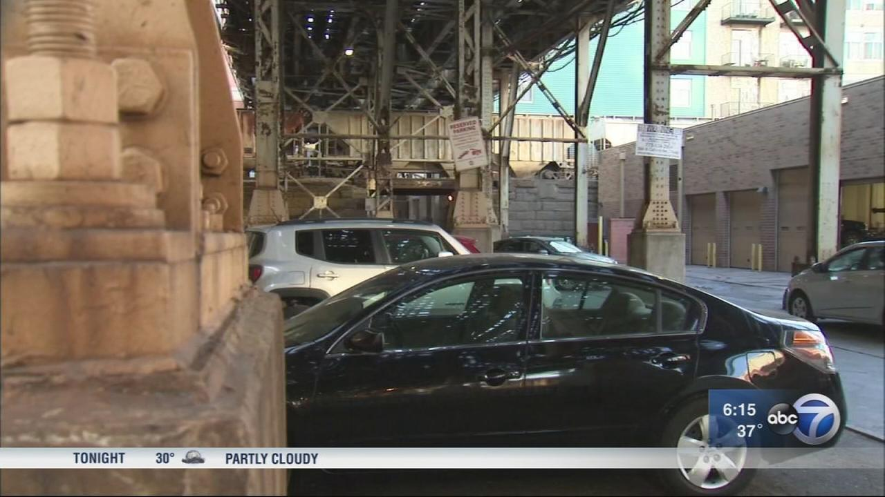 Woman seriously injured in South Loop carjacking