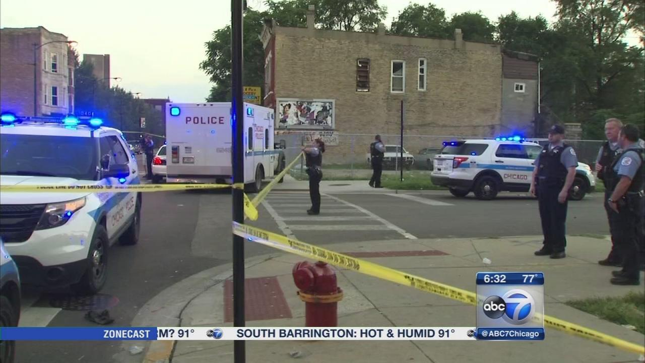 chicago garfield park year dies after shooting police
