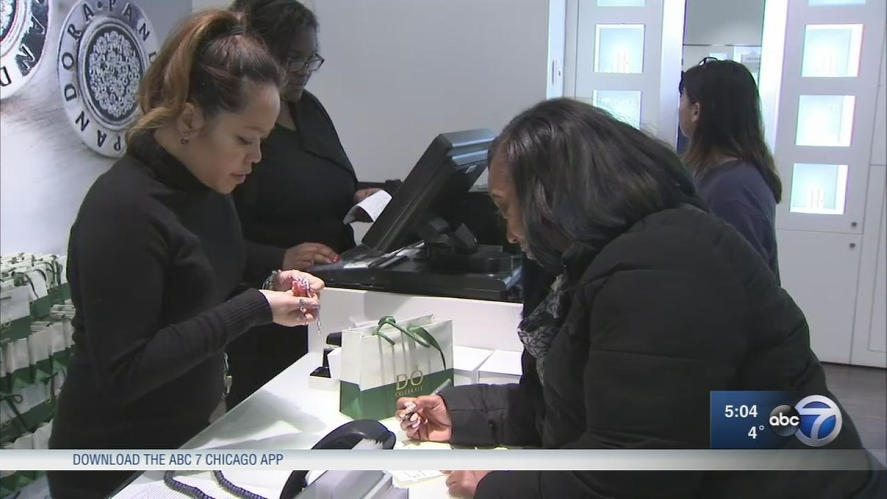 Holiday returns, after Christmas sales begin