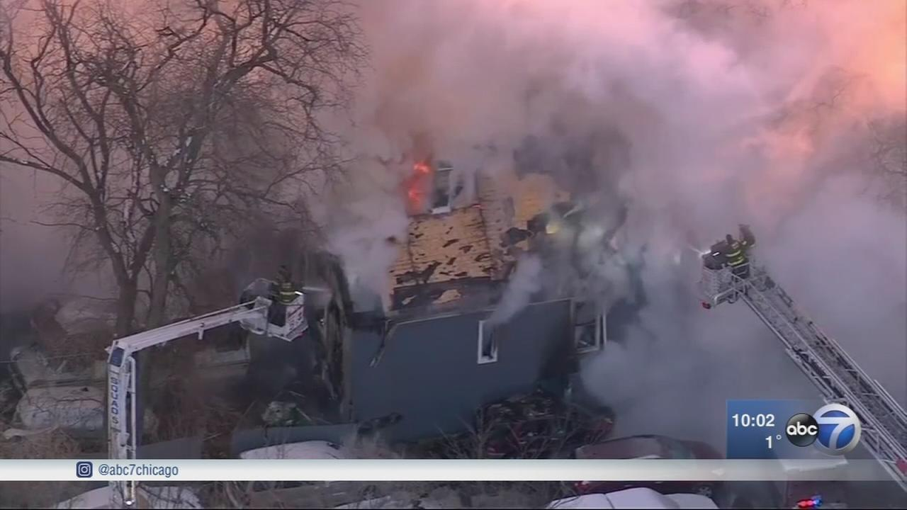 1 injured in Englewood house fire