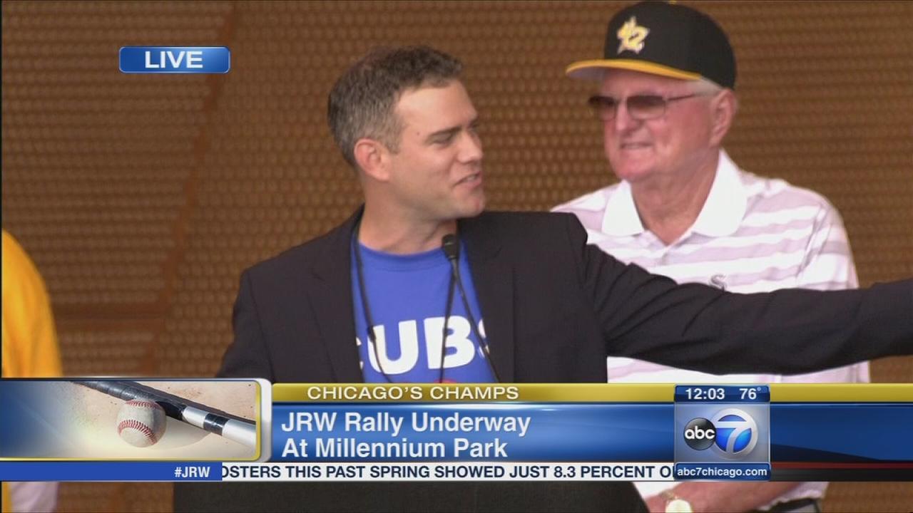 Theo Epstein congratulates JRW