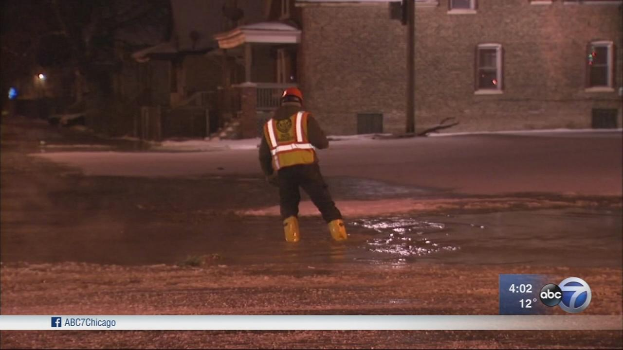 Roseland streets closed due to broken fire hydrant