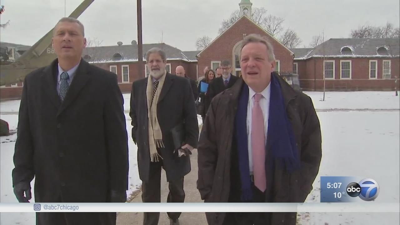 Sen. Durbin visits veterans home during Legionnaires crisis